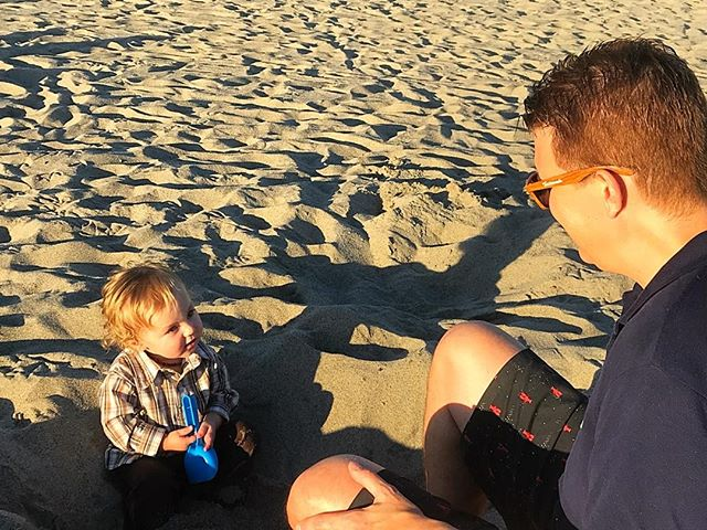 """Dad, I know the difference between the beach and the desert... you are fooling me."" #thanksgiving2017 #zumabeach #thejacksonasher #fathersontime"
