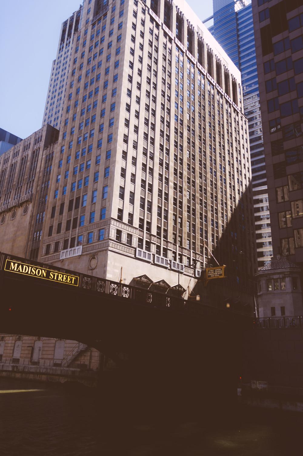 2008_0713_D70_ChicagoBoatTour_DSC_0060.jpg