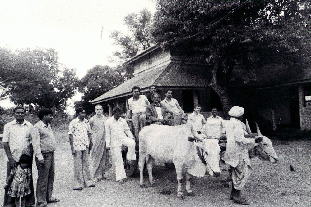 This was taken at the end of a retreat in the Rajapur summer palace, in Bhor, just outside Poona. A lovely place then. The place was about two kilometers from the town or any public transport, so we used a bullock cart to transport all our supplies back and forth.   They were very good, these retreats.