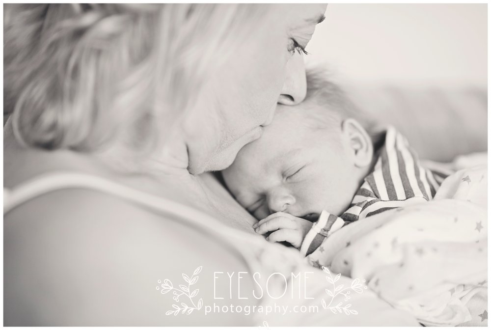 _DSC7295a_harrogate newborn photography.jpg