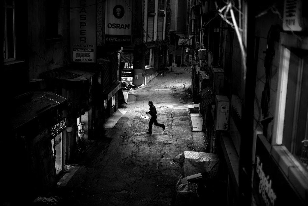 Alan Schaller - Street Photography International 9.jpg