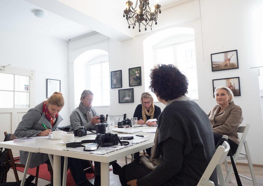 LIK Akademie für Foto und Design - Fotokurs für Frauen Jahrgang 11 Wien- Fotos: Anna Herzig