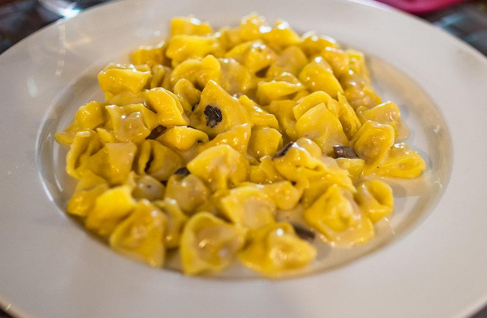 tortellini-tartufo-bianco.jpg