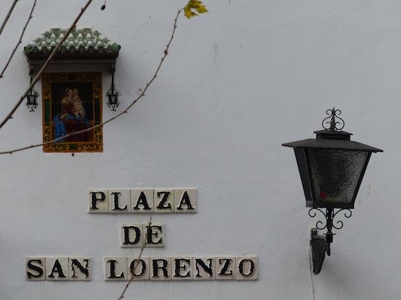 lorenzo-sign.JPG