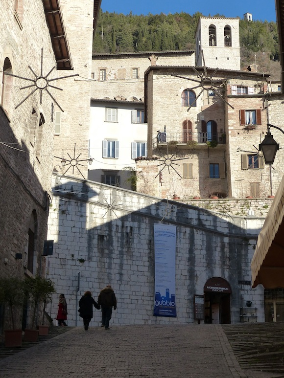 gubbio-entrance.jpg