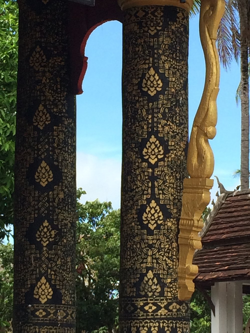 Decorative arts in Lao temple