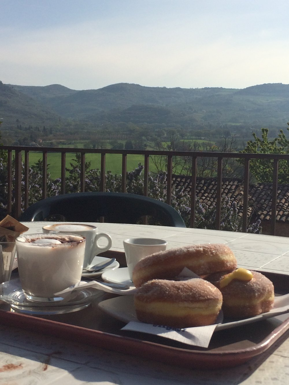 Breakfast at Bar Bonci in Spello, umbria