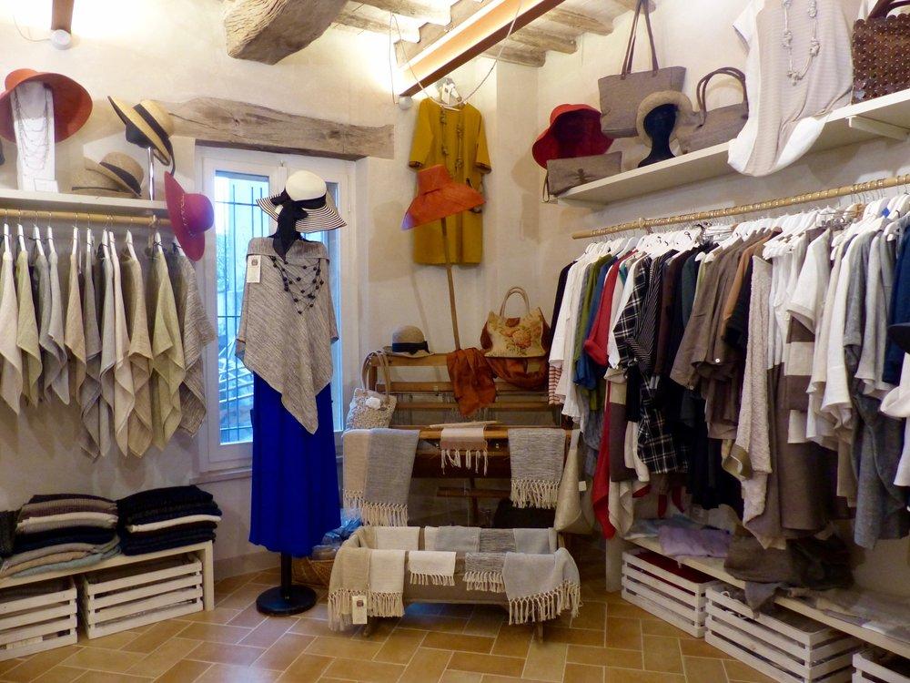 Fashion in Spello, Umbria
