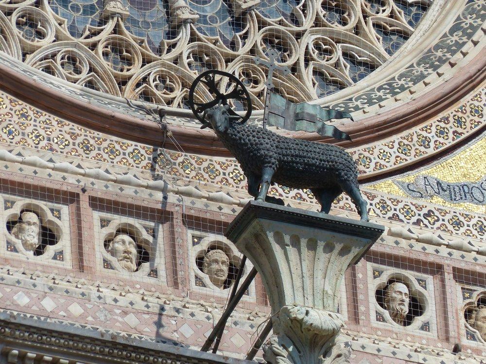 Facade at duomo in Orvieto, Umbria