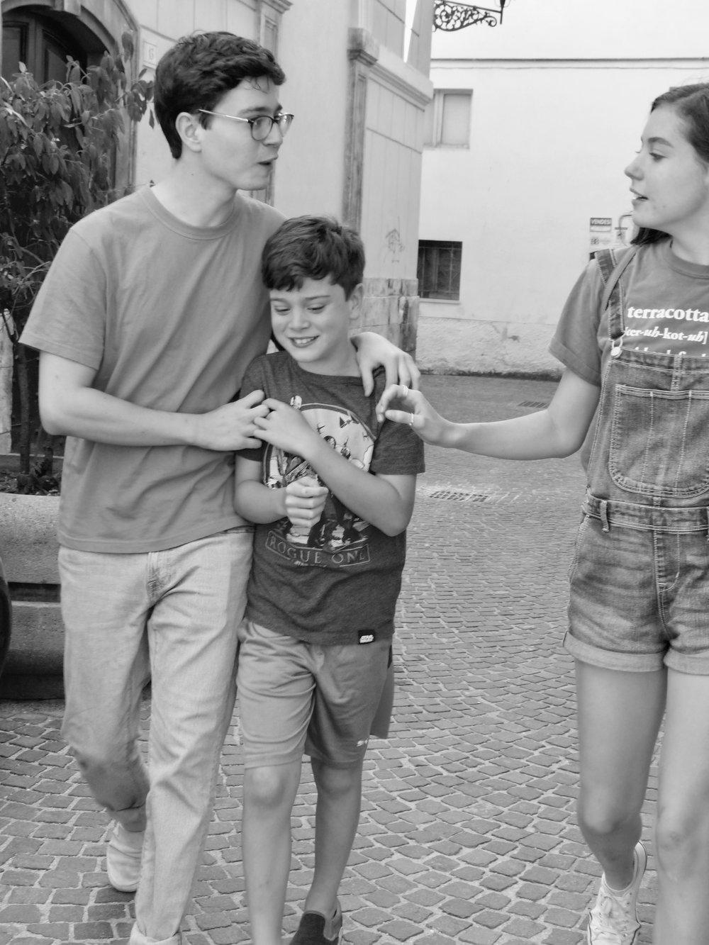 sulmona-kids-bandw6.jpg