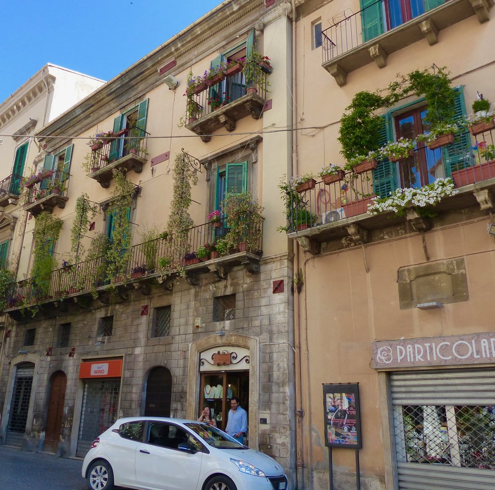 sulmona-street-26.jpg