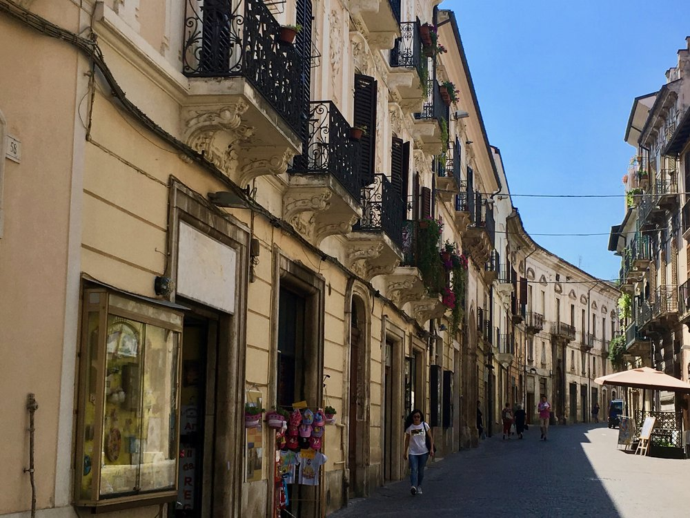 sulmona-street7.jpg