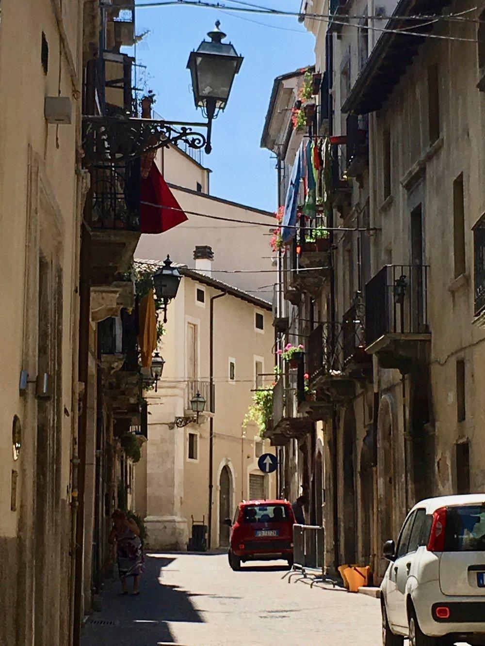 sulmona-street8.jpg