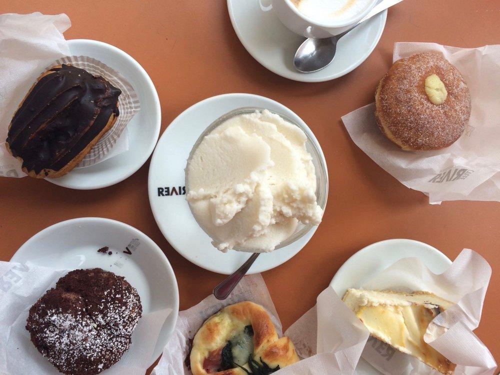 Breakfast at Pasticceria Siciliana Farruggia in Foligno