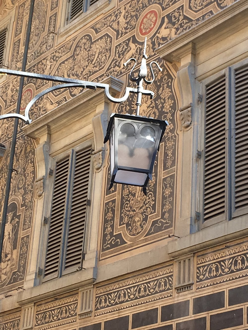 Lamp fascination in Arezzo
