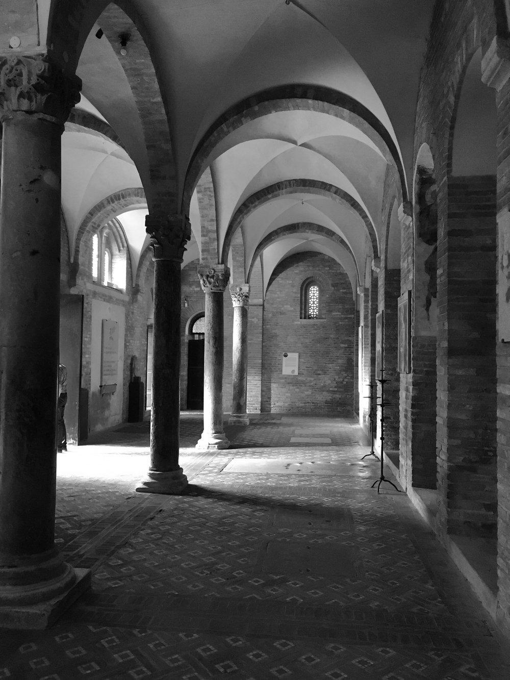 Porticos in Santo Stefano