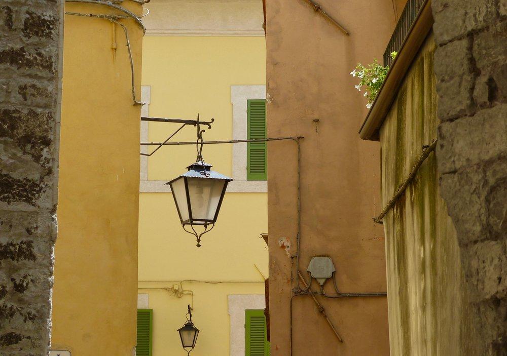 spoleto-lamp3.jpg