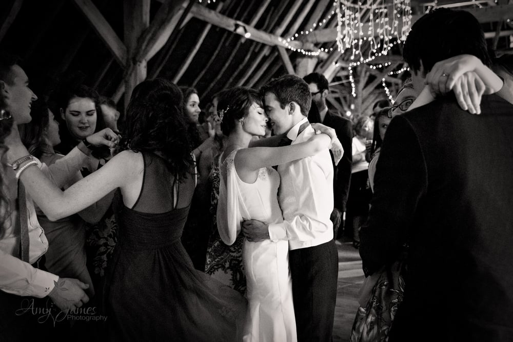Hampshire wedding photographer / First dance / fleet wedding photographer / Barn wedding