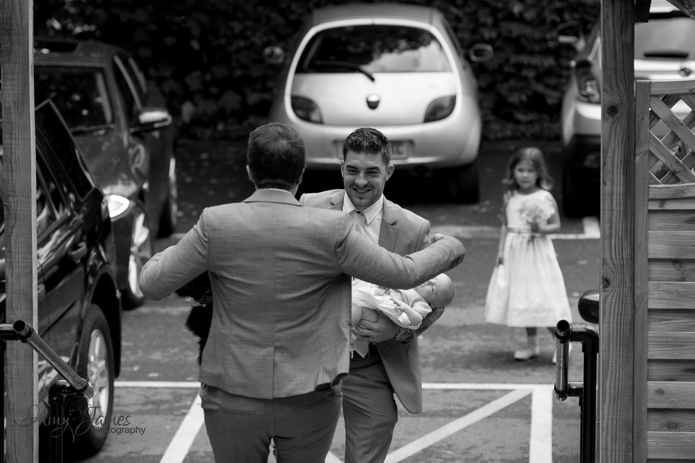Hampshire wedding photogra[her / Fleet wedding photographer