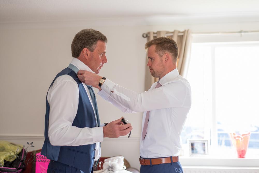 Warbrook House wedding / Hampshire wedding photogrpaher / Fleet wedding photographer / Aldershot garrison wedding