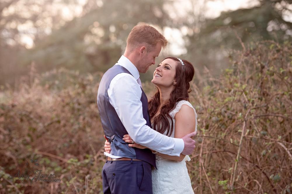 Hampshire wedding photographer / Fleet wedding photographer / Warbrook House wedding photographer