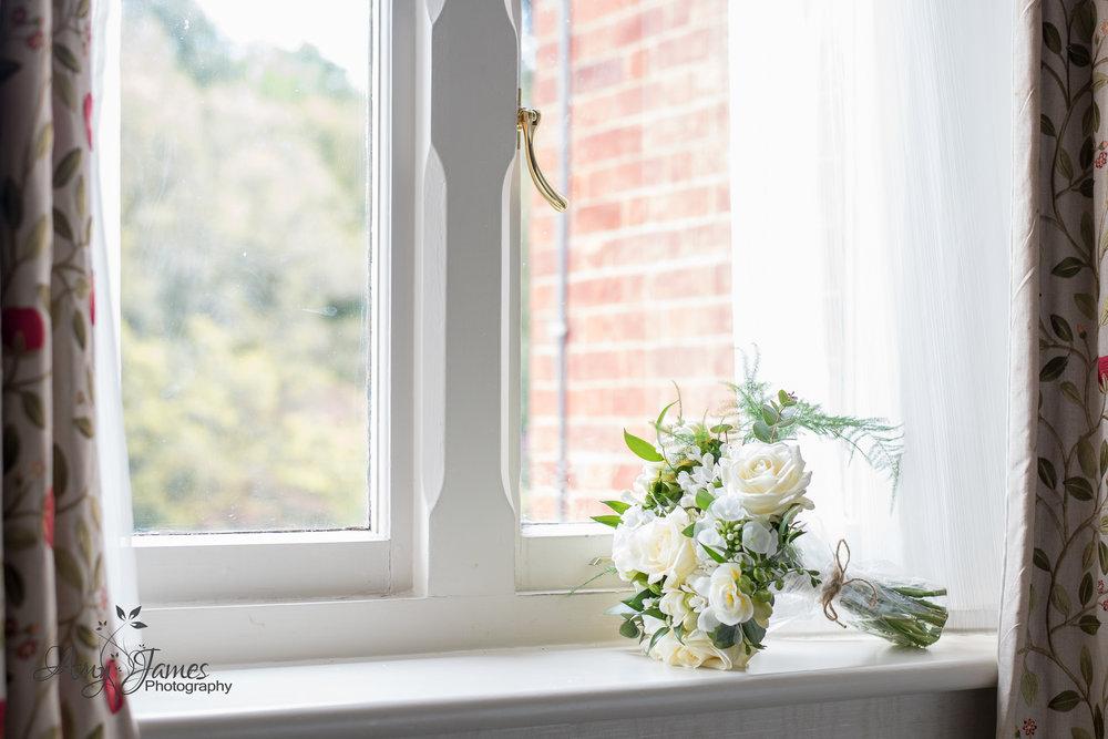 Amy James Photography // Wedding photographer Hampshire // Audley Wood Hotel Wedding // Basingstoke Wedding // Hampshire wedding venue // Wedding Bouquet
