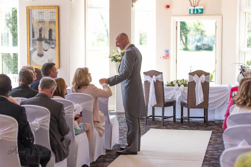 Wedding Photographer Hampshire // Hampshire Wedding Venues // Basingstoke Wedding // Audleys Wood Hotel Wedding