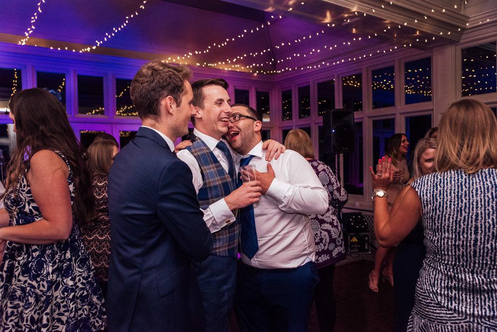 wedding band dancing at the elvetham fleet Hampshire - Amy James photography - documentary wedding photographer Hampshire