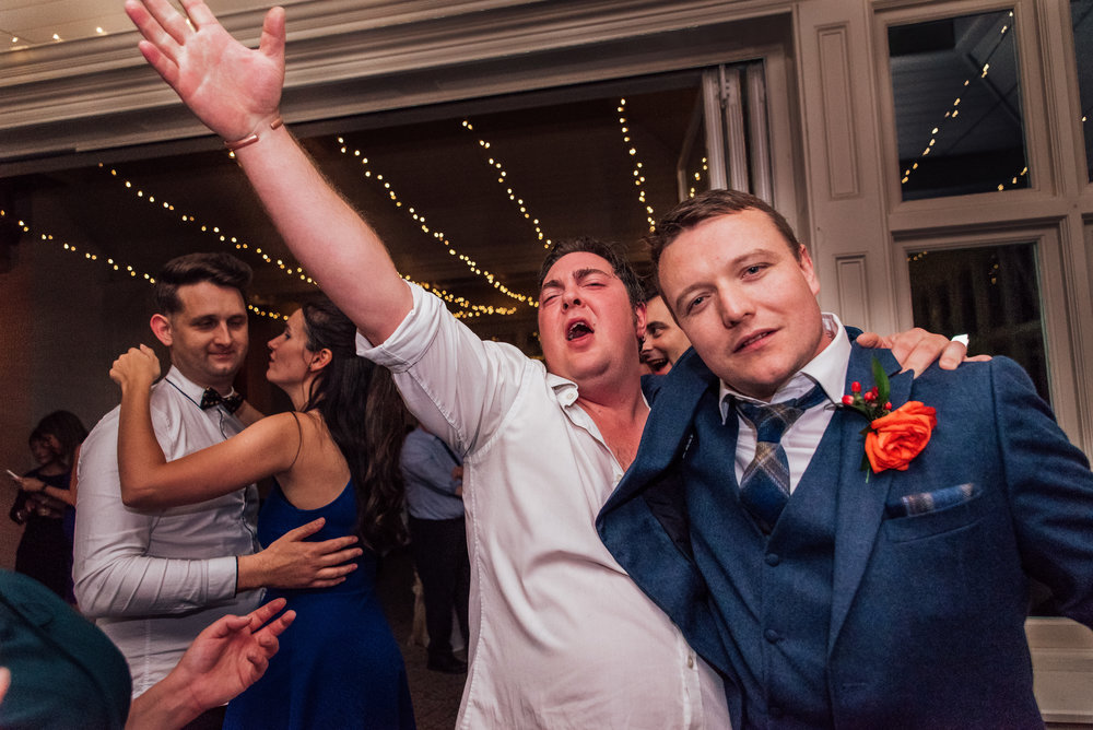wedding dancing at the elvetham fleet Hampshire wedding venue - Amy James photography- documentary wedding photographer Hampshire