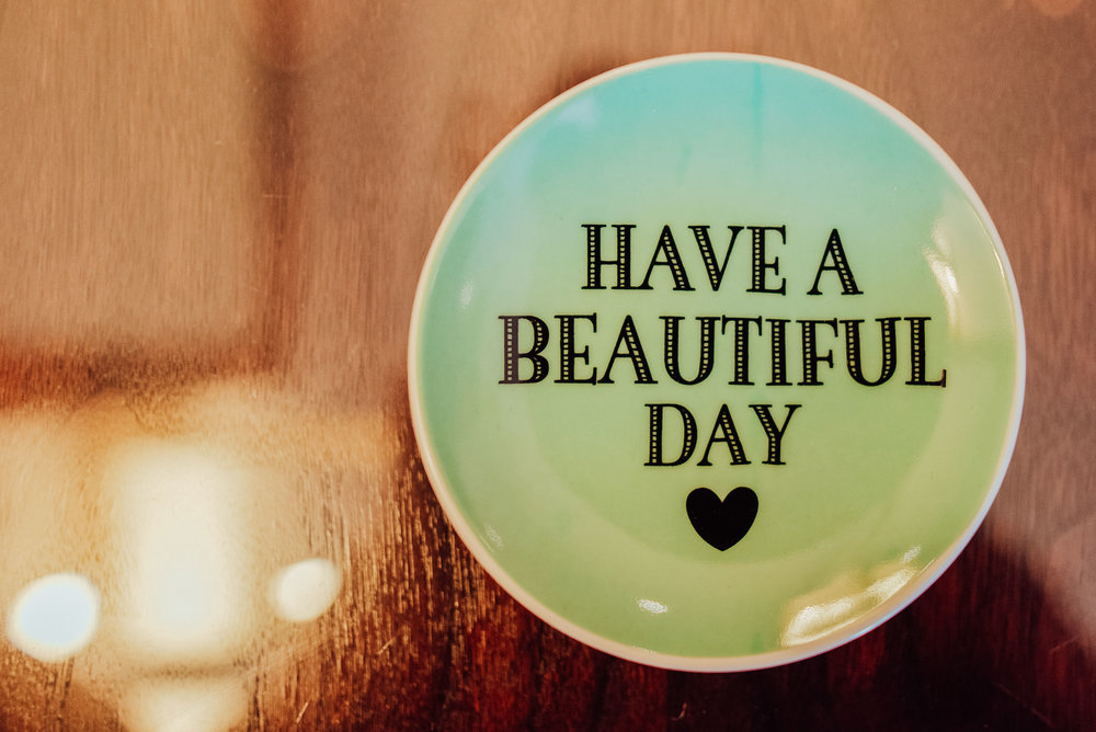 Have a beautiful day plate