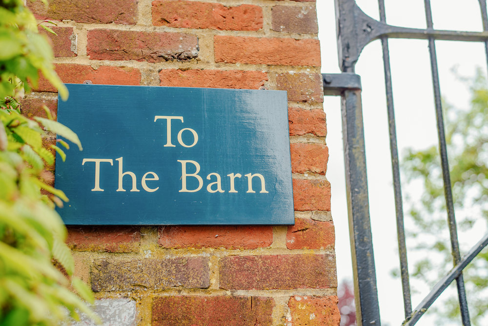 barn-wedding-venue-hampshire bury-court-barn the-barn-at-bury-court wedding-photographer-hampshire Amy-james-photography
