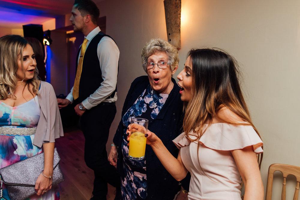 Bury-Court-Barn-Wedding-Venue-Amy-James-Photography-Wedding-Photographer-Hampshire-Documentary-Wedding-Photographer-165.jpg