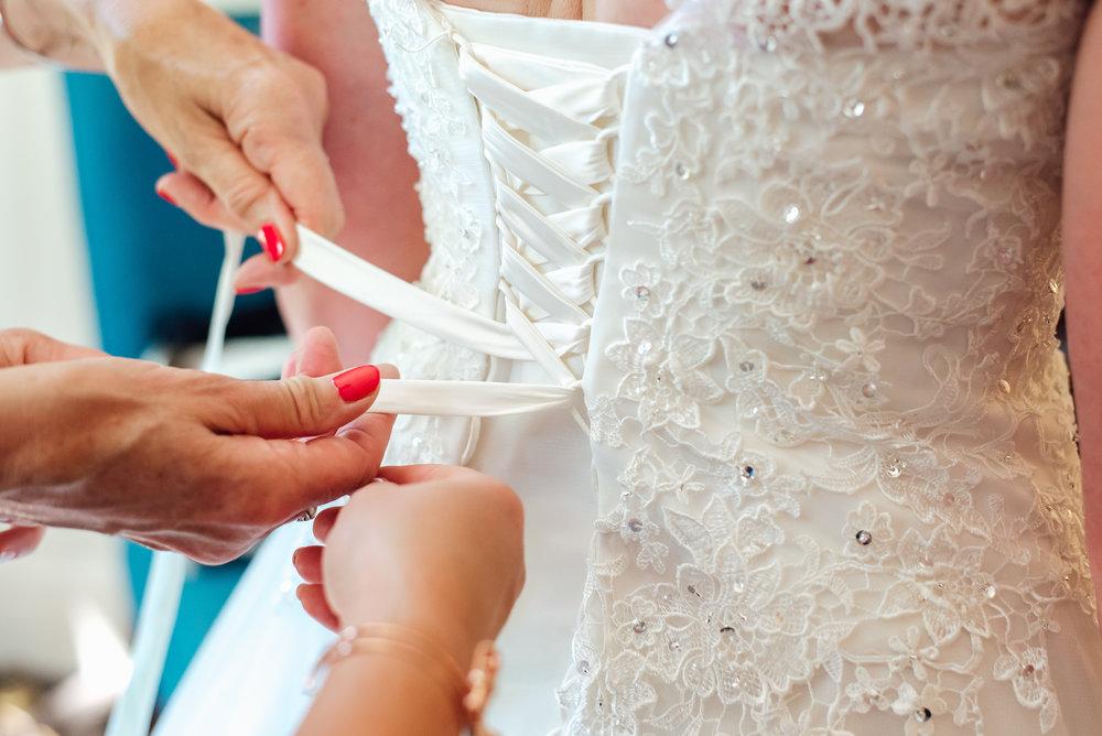 Hampshire-wedding-photographer : Amy-james-photography : Surrey-wedding-photographer : Fleet-wedding-photographer : Winchester-wedding : winchester-cathedral-wedding : documentary-wedding-photographer-hampshire-surrey-berkshire-146.jpg