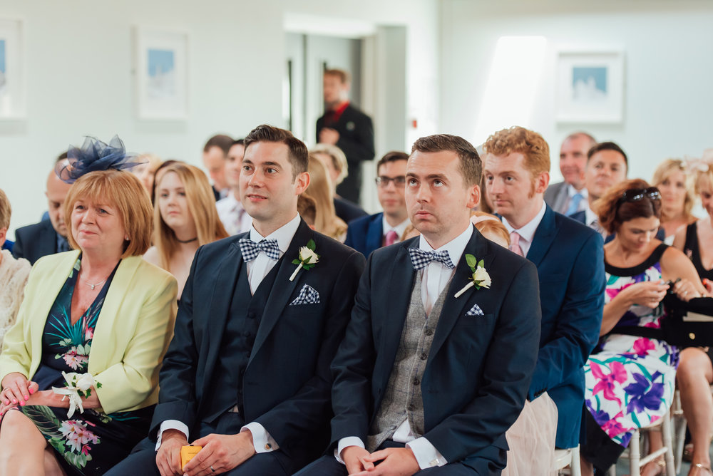 Hampshire-wedding-photographer : Amy-james-photography : Surrey-wedding-photographer : Fleet-wedding-photographer : Winchester-wedding : winchester-cathedral-wedding : documentary-wedding-photographer-hampshire-surrey-berkshire-194.jpg