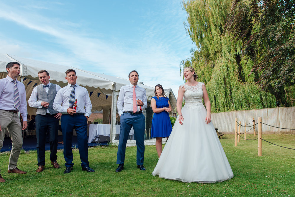 Hampshire-wedding-photographer / wedding-photographer-hampshire / Amy James Photography / Winchester-wedding
