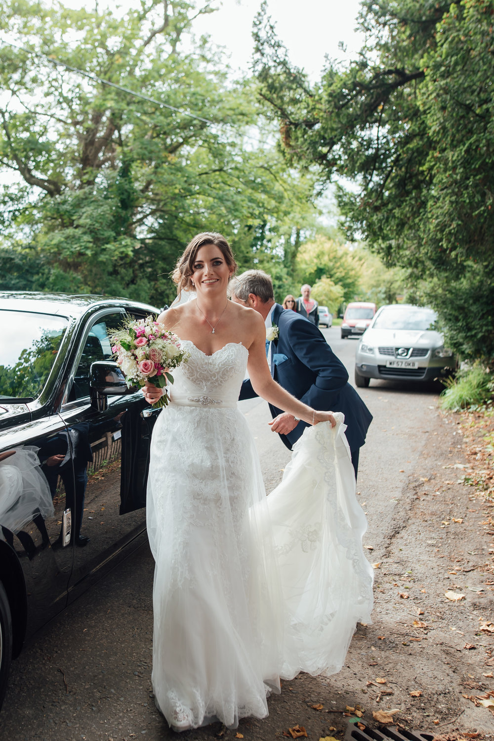 Hampshire-wedding-photographer : hampshire-village-hall-wedding : rotherwick-village-hall-wedding : wedding-photographer-hampshire : amy-james-photography : natural-wedding-photographer-hampshire : wedding-photographer-hampshire-251.jpg