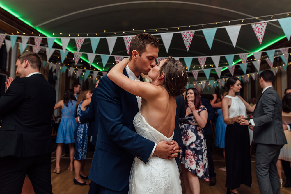 bride-groom-first-dance / rotherwick-village-hall-wedding-hampshire / Amy-james-photography / hampshire-wedding-photographer-hampshire