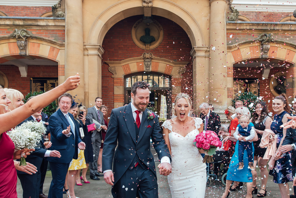 Hampshire-wedding-photographer-hampshire / Amy-james-photography / fleet-wedding-photographer / fleet-photographer-farnborough / documentary-wedding-photographer / Hampshire-wedding-venue / wellington-college-wedding-berkshire / confetti-photograph
