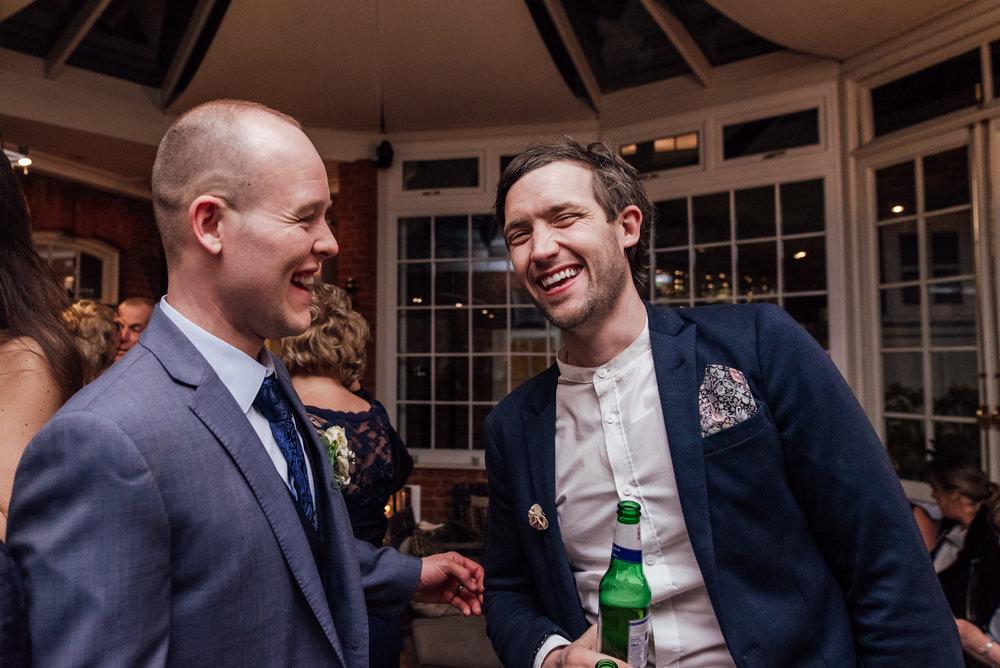 Sarah-Fishlock-Photography-Hampshire-wedding-photographer : fleet-wedding-photographer-fleet : warbrook-house-wedding-venue : warbrook-house-wedding-photographer : hampshire-wedding-venue: