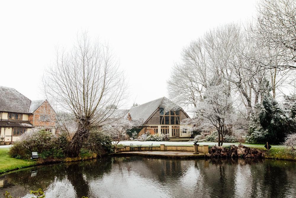 Sarah-Fishlock-Photography-Hampshire-wedding-photographer-hampshire : fleet-wedding-photographer-fleet : rivervale-barn-wedding-photographer : hampshire-barn-wedding-venue : hampshire-wedding-venue : barn-wedding-hampshire : rivervale-barn-51.jpg