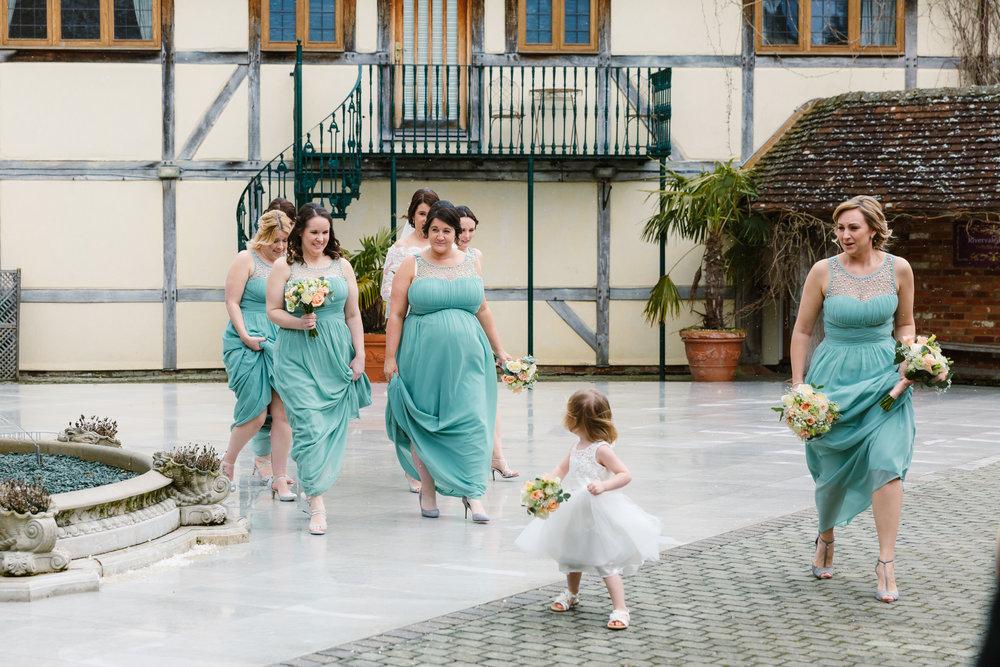 Sarah-Fishlock-Photography-Hampshire-wedding-photographer-hampshire / fleet-wedding-photographer-fleet / rivervale-barn-wedding-photographer / hampshire-barn-wedding-venue / hampshire-wedding-venue