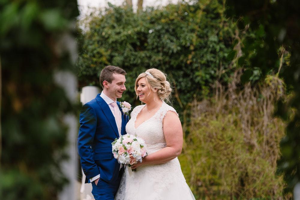 Sarah-Fishlock-Photography : Hampshire-wedding-photographer-hampshire : fleet-wedding-photographer-fleet : Northbrook-Park-Wedding-Photographer : Northbrook-Park-Wedding-Venue : natural-wedding-photographer-hampshire-721.jpg