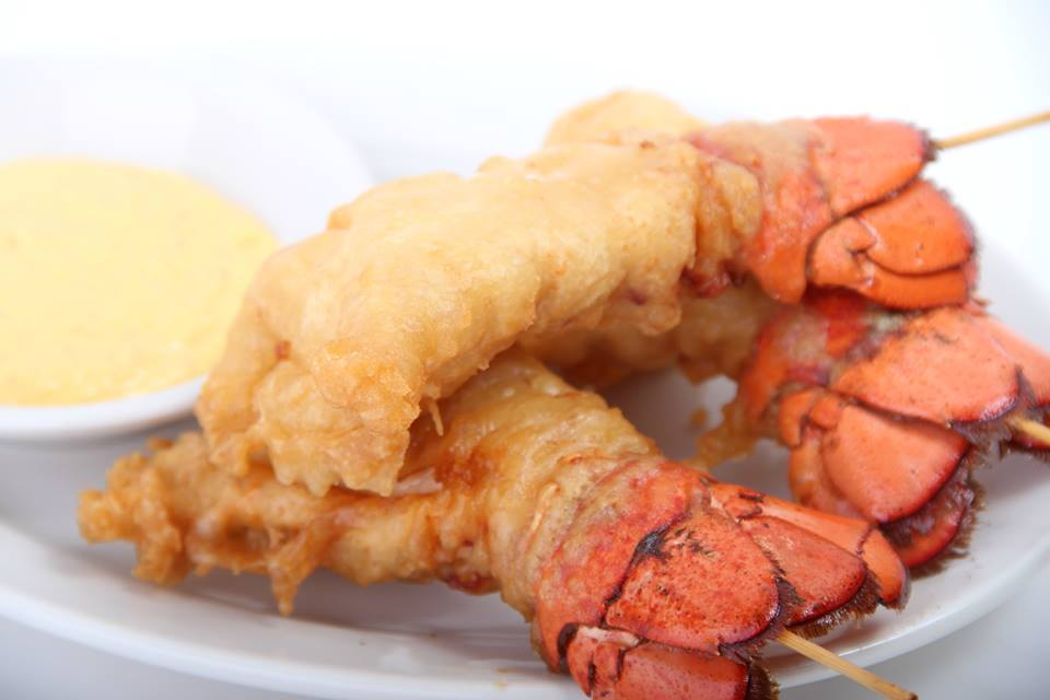 2. Fried Lobster Tails - The picture speaks for itself. These babies are definitely worth a try.