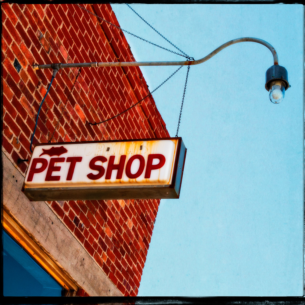 Hopkins Pet Shop