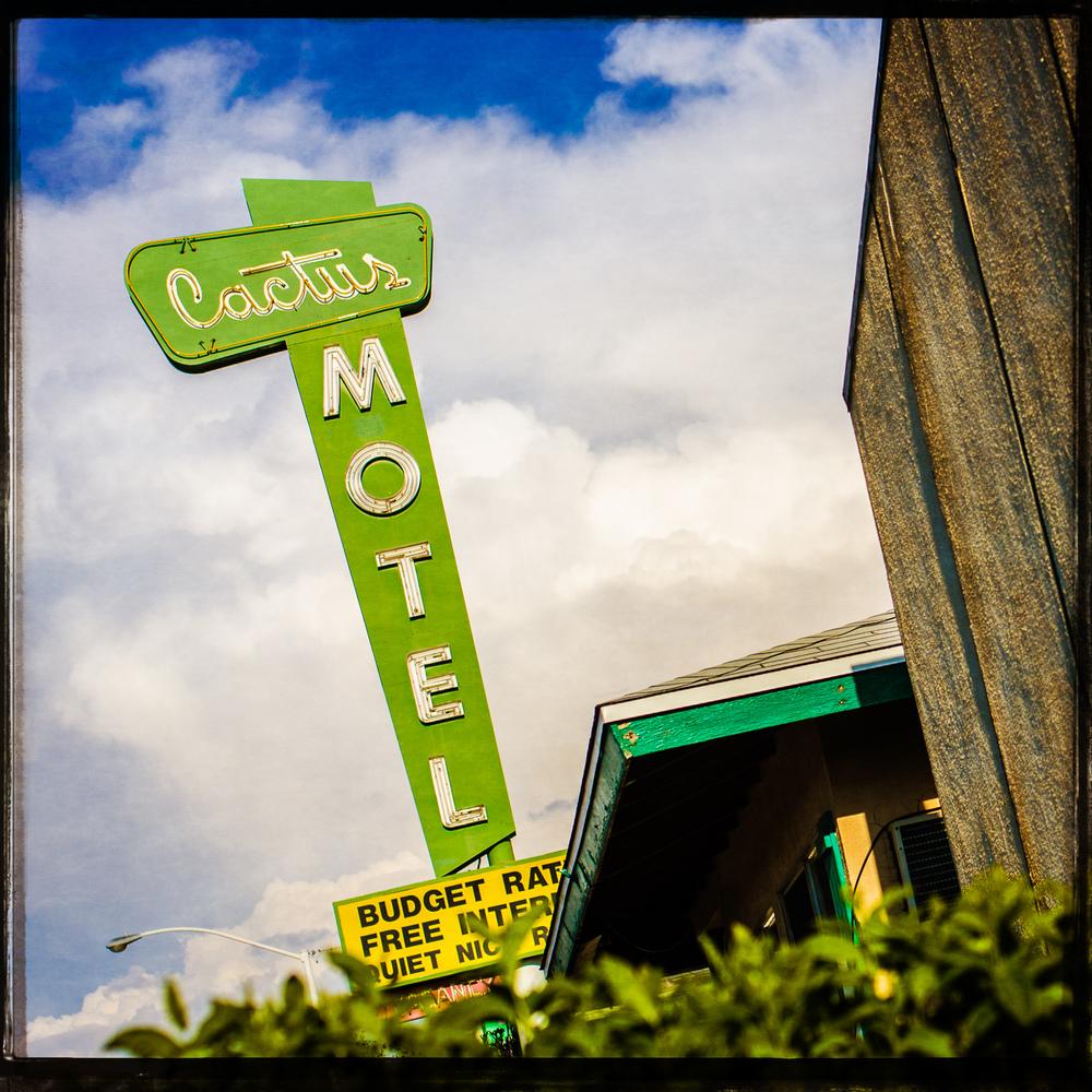Cactus Motel Route 66