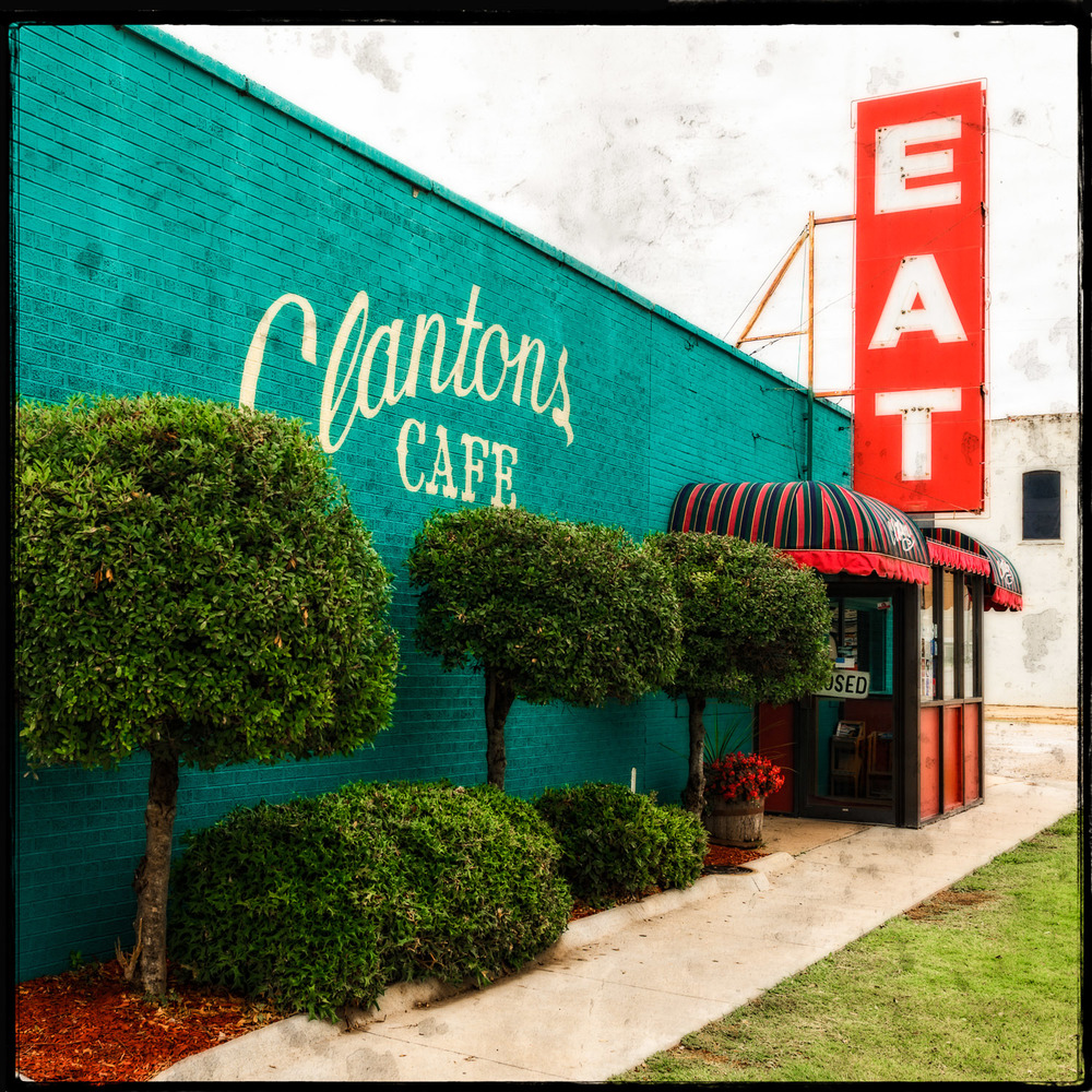 EAT at Clantons Cafe