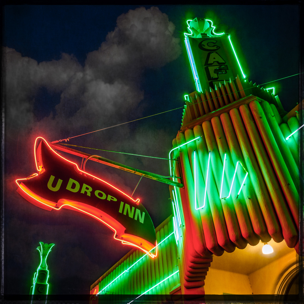 U Drop Inn Neon at Night