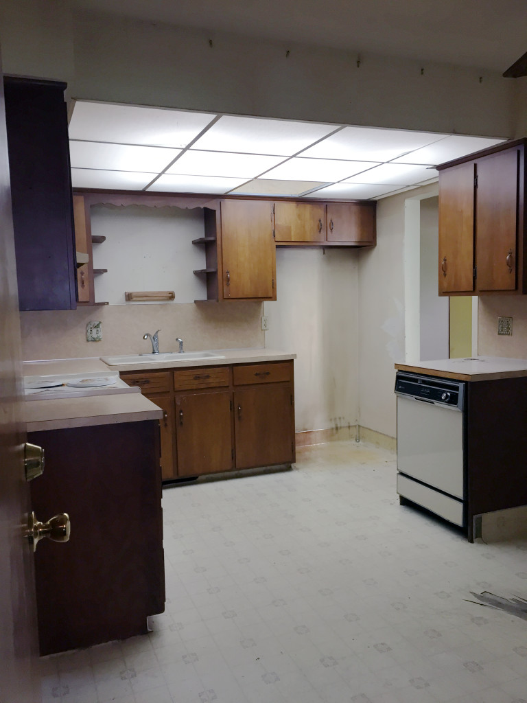 BEFORE-Kitchen-2-768x1024.jpg