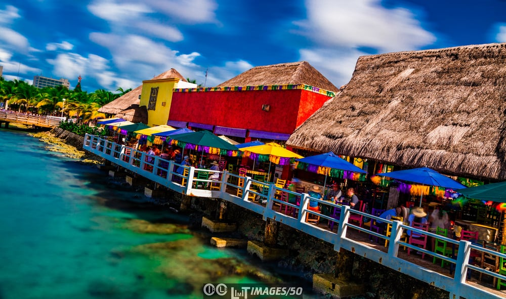 Fat Tuesdays from the pier in Cozumel. 30 second exposure in 50 megapixels.