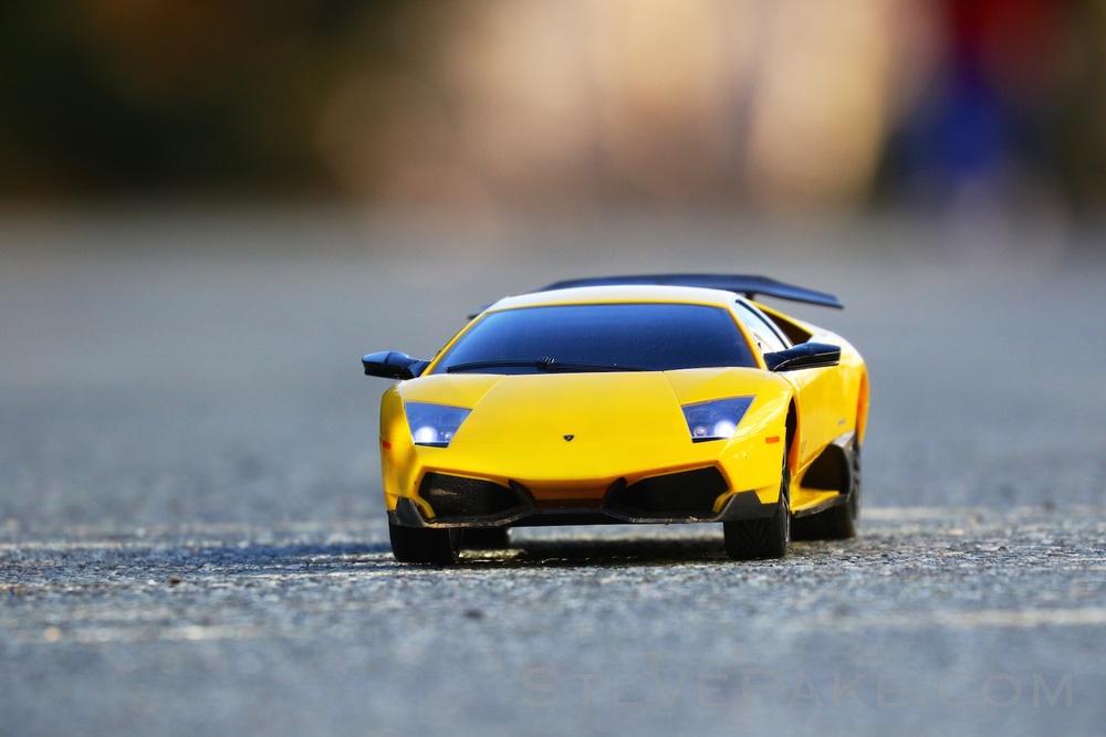 Remote control Lamborghini Murciélago, with a Canon 7D Mark II and Canon 100-400mm lens.
